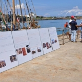 064   Information boards help visitors to the Jewel of Muscat