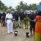 105   Navy Commodore P.A.D.R. P Perera exchanging gifts with Capt. Saleh