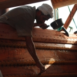094   Filling a hole inside the hull with putty