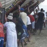 085   Everyone prepares to push the ship