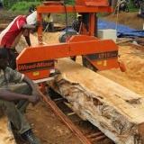 11   تفريز وتشكيل الخشب في غانا