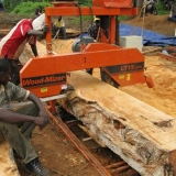 08   Milling the planks in Ghana