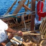 021   Ahmed al Baluchi and the crew adjust the sails