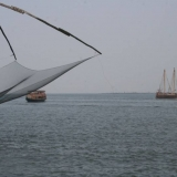 157   Jewel approaches the Chinese fishing nets of Cochin