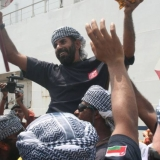 173   A hero's welcome for Capt Saleh