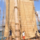 078   The crew raises the matting mizzen sail for the first time