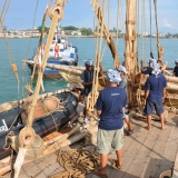 058   The crew prepares the Jewel of Muscat for arrival in Galle