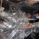 04   الأغطية البلاستيكية تساعد في المحافظة على جفاف أفراد الجوهرة أثناء النوم