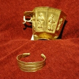 121   One of the most valuable items - a decorated gold cup
