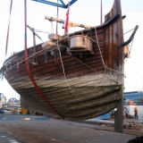 003   Jewel's hull holds firm as she is lifted out