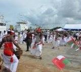 075   Traditional Sri Lankan dancers welcome Capt Saleh and his crew
